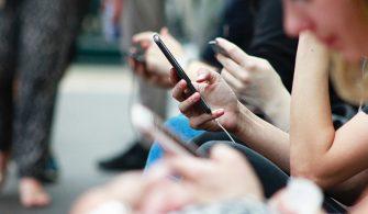 Sosyal Medya Kullanımını Azaltmak Mutluluğu Arttırıyor