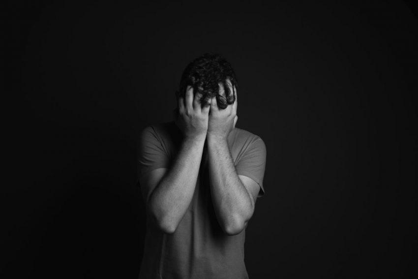 KarşıOlgusal Düşünme, Düşünce Bastırma ve Geri Tepme Etkisi